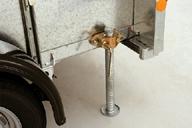 adjustable-prop-stands
